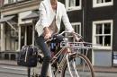 basil-business-bag-portland-lady-go-by-bike